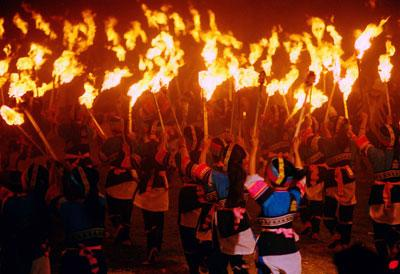 Torch Festival of Yi is the most ceremonious minority dance.