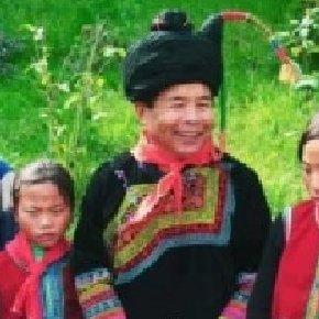 一个彝族企业家的故乡情——记四川省第九届人大代表吉克加加