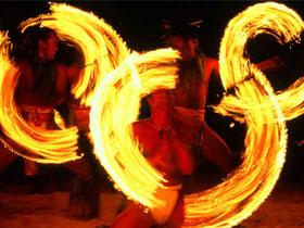 神话与世俗相遇的激情 漫话彝族火把节