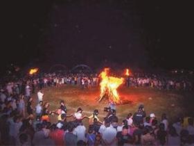 毕节市彝族非物质文化遗产的传承、转化和创新