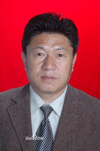 沙马打各:一位热爱彝族文化的教授