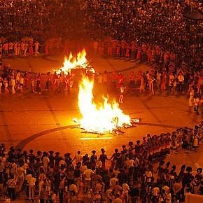 恢复统一彝族年和火把节两大节日时间意义重大