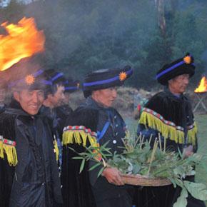 石林彝族撒尼人密枝节——世上仅存的男人节