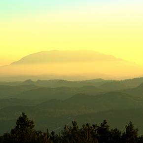 独绝三境彝人圣山——老圭山(二)