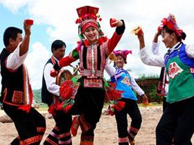 云南彝族民间舞蹈 绚烂多姿的人文艺术