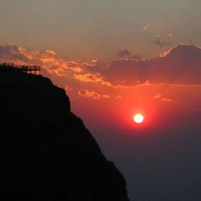 奇山美景大山包的传奇故事——美轮美奂的鸡公山落日