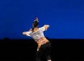 彝族舞蹈:烟盒舞(第十届桃李杯舞蹈比赛)