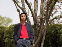 勤奋耕耘 成就非凡——记彝族青年学者普驰达岭