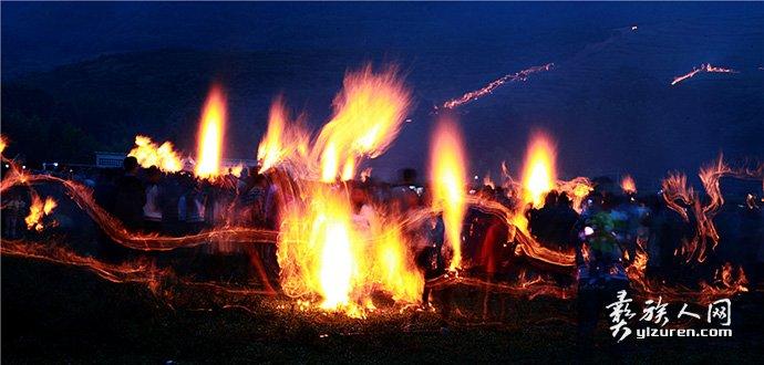 火塘边的梦-钟玉成