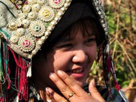 实拍:深入彝族白倮寨子,探访神秘的白倮文化