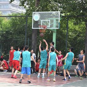 第八届在京彝族运动会成功举办 在京民工组队参赛