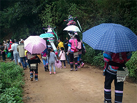 (连载)我在彝乡的故事(七十七)——奔赴葬礼的路上