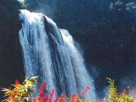 石林奇观:珠江第一瀑——大叠水