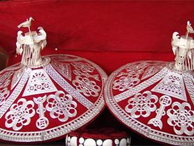 凉山彝族手工艺:心灵手巧的民间艺术