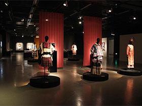 走进彝人世界:彝族文物艺术展在京开展