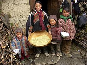 阿依蒙格,彝家孩子们的禳灾节