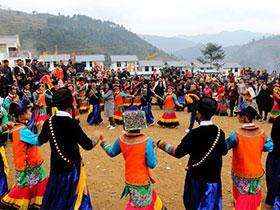 甘洛:彝族年系列活动吸引各地近万游客