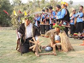 五街彝族传统习俗:大年初一祭龙求水