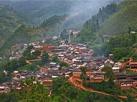 不愿走出秘境的彝族,在山上过着田园牧歌般的生活