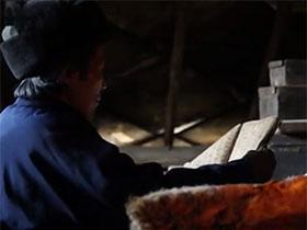 """.神秘古老的彝族布摩(毕摩)文化:现实中""""寸步难行"""