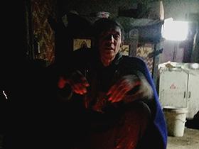 不在彝家火塘旁坐上三天三夜便无法真正表述彝人