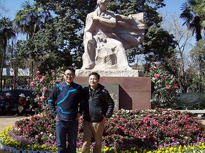 """""""熊""""之后代 鹰之骄子——彝族文学""""彝校作家群""""杰出代表熊理博文学创作印象"""