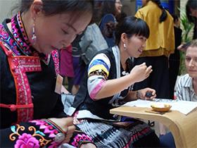 2018伦敦男装周:中国非遗文化绽放国际时尚舞台