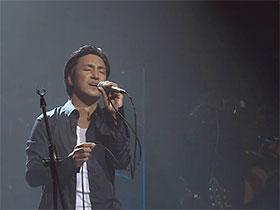 从晨曦里走出来的彝族歌手贾巴阿叁