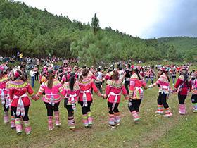 武定县山居转水塘举办2018年第二届六月六民族文化活动