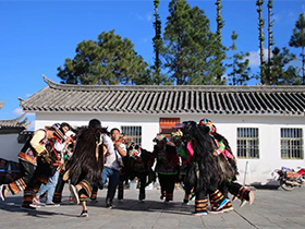 景东安定:一个非物质文化遗产扎推的彝族小镇