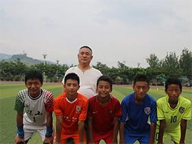 喜讯:五位彝族孩子签约中超著名足球俱乐部
