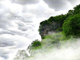 """探秘甘洛最神秘的山:""""鬼山""""德布洛莫"""