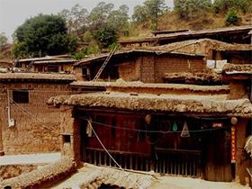现代化对于彝族土掌房的冲击——云南丕且莫村的案例