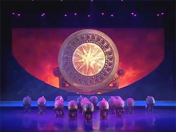 2018楚雄彝族火把节迎宾暨七彩云南民族赛装文化节文艺演出