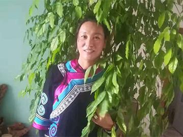 翁古巫甲:传播彝语文化的使者