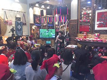 传承民族文化 承载文明记忆——砚山举办民族刺绣培训班结业典礼暨作品成果展