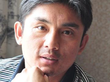 彝族诗人沙辉作品:《我没有目的地》(外7首)