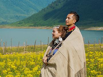 凉山彝族传统婚俗:不受物质和金钱浸染的多彩婚姻