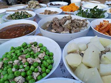 李绍德:罗婺彝家的年猪饭