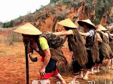 跑山舞与彝族围猎文化