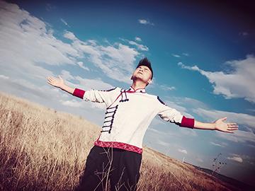 李强彝语MV《让我带你回糯黑》|让真情流露自在飞翔