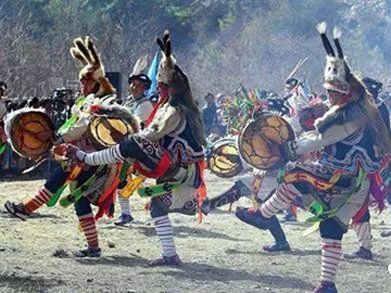 """羊皮舞:南华彝乡的""""活化石"""""""