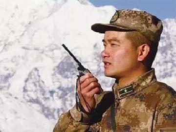 彝族连长翁春芳:奋战在维护国防通信光缆的巡逻一线