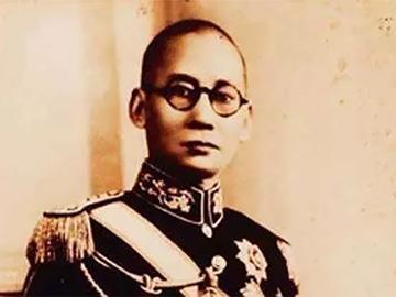 龙云:当之无愧的彝族抗日英雄