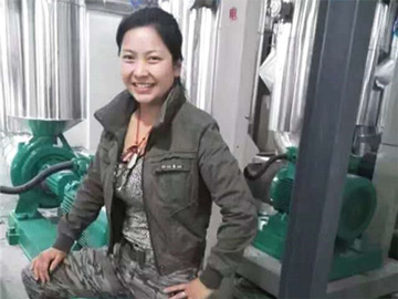 胡雪儿:脱贫路上彝族女儿的力量