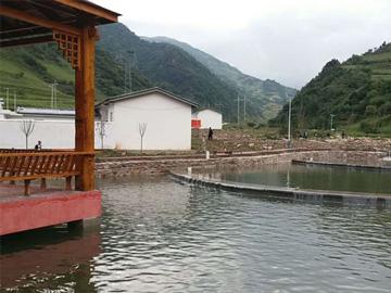 转观念、兴产业——四川大凉山一个彝族村的脱贫之路
