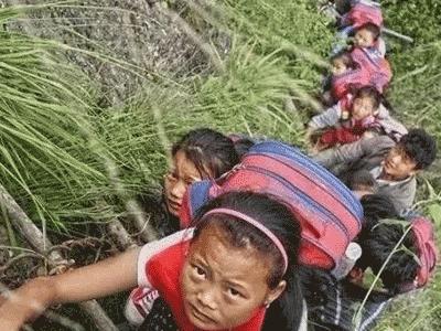 广播剧完整音频|《翻过那座山——悬崖村的孩子们》