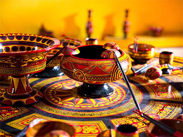 中国传统工艺振兴背景下凉山彝族漆器发展现状调查研究