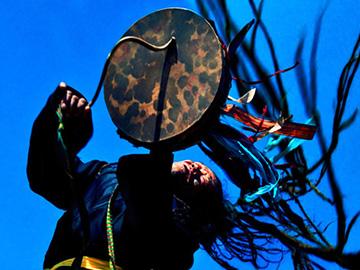从彝族的祭祖仪式看彝族的祖灵信仰