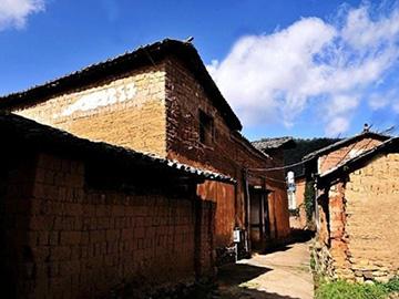 """晋宁田坝村,传承彝族传统建筑特色的古老""""新村"""""""